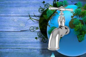 Acqua da bere: in bottiglia, filtrata o dal rubinetto?