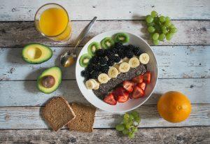 la frutta contiene tutte le vitamine?