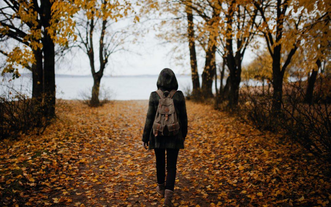 I benefici del meditare camminando